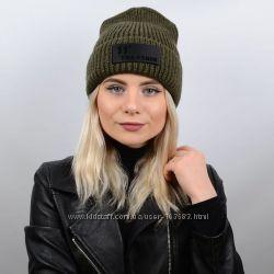 модная молодежная шапка c фирменной нашивкой 11 tme fshin