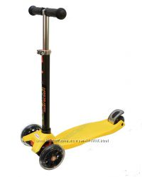 Трехколесный самокат ECOLINE ONEX желтый светящиеся колеса