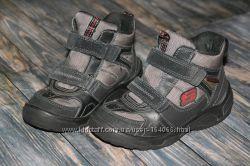 Зимние ботинки от Skechers р. 29, на ножку не больше 18, 5 см