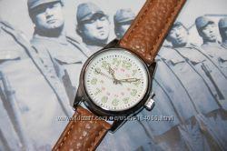 Военные часы настоящие с журналом, можно на подарок