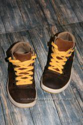 Ботинки деми от Clarks размер 11G, на ножку до 18, 5см