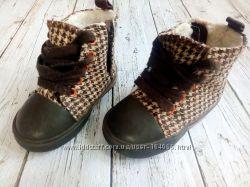 Деми ботиночки, кроссовки от H&M р. 4наш р20 для малыша, на ножку до 12см