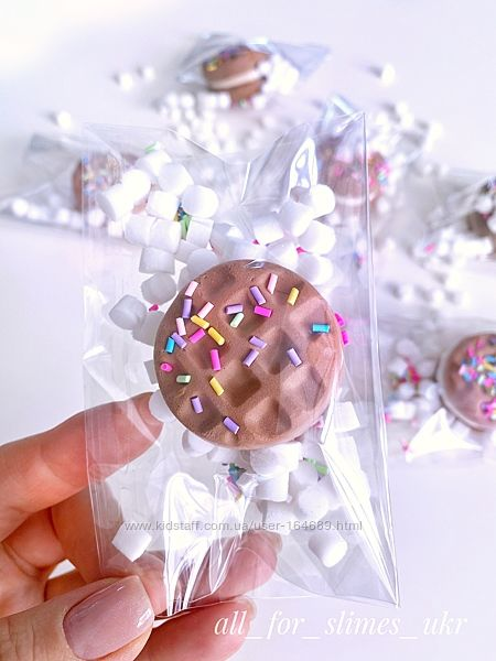 Глина для слайма в виде печеньки