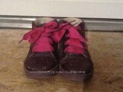 Деми ботинки Бартек 24 р.