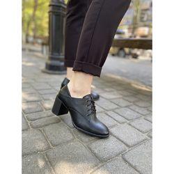 Туфли кожаные на среднем каблуке, черные, VM-6055-10