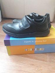 Продам туфли Pablosky 38р. для мальчика в школу