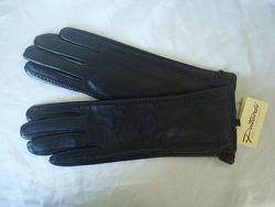 Удлинённые кожаные женские перчатки Pittards