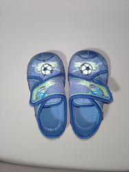Детская обувь тапочки
