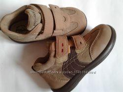 Ботинки  Primigi,  22, 23, 24, кожа.