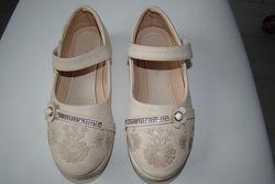 Туфельки на девочку 32 размер