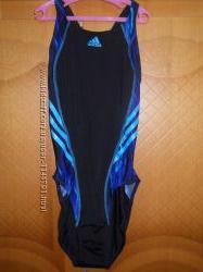 Сдельный купальник Adidas новый