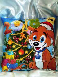 Новогодний сувенир подушка светящаяся