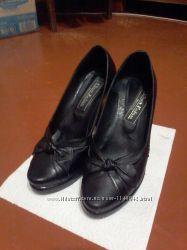Гарні шкіряні туфлі. Красивые кожаные туфли. 11d2f2c0a579a