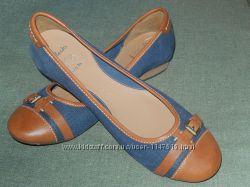 Clarks кожаные женские туфли, р-р UK 9E, наш 42, на широкую ногу, сток