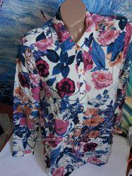 Красивая блуза в цветочный принт, р-р 12, евро 40, вискоза, сток