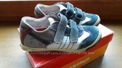 Кожанные кроссовки Froddo, 28 размер
