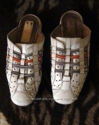 Кожаные кроссовки без задника