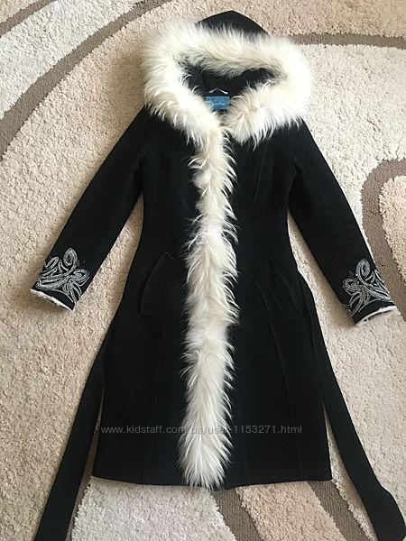 Зимнее, шерстяное пальто с мехом raslov