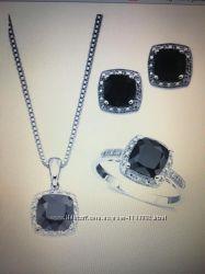 Шикарный набор из серебра с ониксом и акцентами из бриллиантов