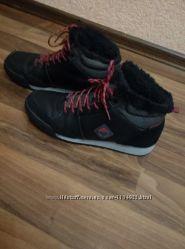 Ботинки  спортивные мужские  зимние р. 42-43, стелька 27-28 см.