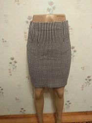 Короткая облегающая юбка карандаш в клетку шахматку marks & spencer
