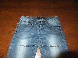 Продам женские джинсы в отличном состоянии 26 рр