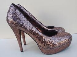 Распродажа / Нарядные туфли на высоком каблуке  бренд Bata р. 37