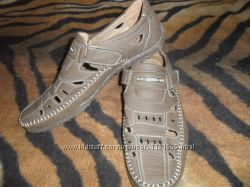 Закрытые сандалии 45р