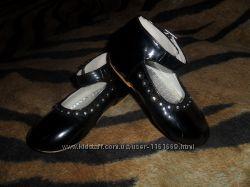 Лаковые нарядные туфли