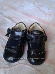 Туфельки для девочки фирмы Primigi