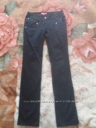 Чёрные молодёжные брюки