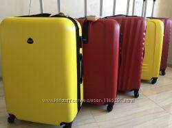 Валіза на колесах дорожная сумка