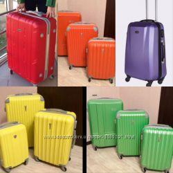 большой чемодан Польша  Валіза сумка