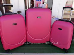 627d3b338dfc Большой Малиновый чемодан валіза дорожная сумка wings, 850 ...