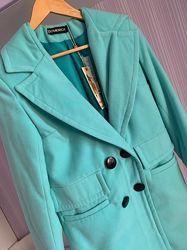 В наличии красивое кашемировое пальто мятного цвета, размер S-M