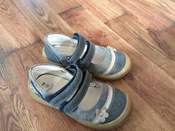 літні туфельки Mothercare 11р. 29 європейський