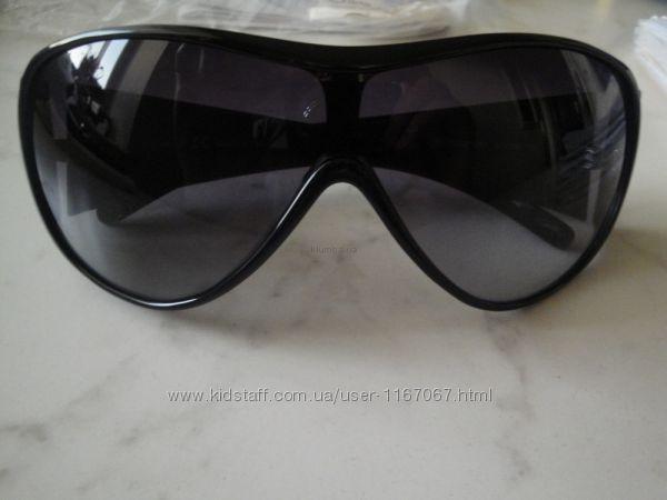 Фирменные женские очки trussardi. оригинал. made in italy.