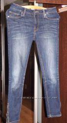 Продам джинсы  фирмы MANGO