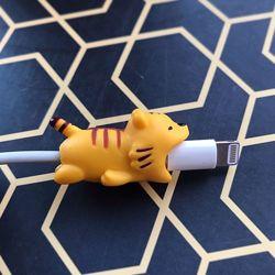 Протектор, защита на шнур, кабель, зарядное в виде животного