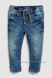 Next джинсы для мальчика 4-5