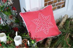 Подушка декоративная Новогодняя снежинка