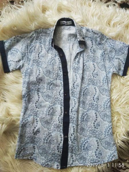 Очень красивая  рубашка на 122-128см супер