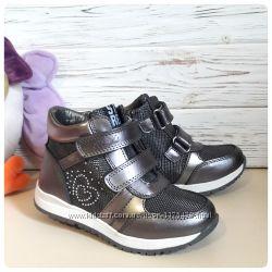 Демисезонные ботинки на девочку 27-32 размер