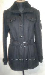 пальто женское р. М 38