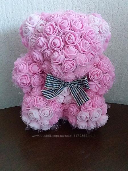 Мишка в розах