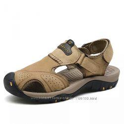 Новые сандалии нат. кожа , на ногу 25- 26 см.