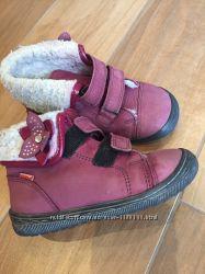 Продам демисезонные ботинки Фродо на девочку