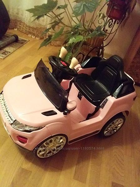 Продам детскую машину на управлении