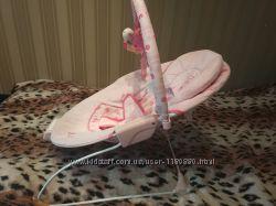 Музыкальный шезлонг, кресло-качалка Bright Starts с вибро для девочки