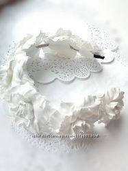 Венок  белые розы